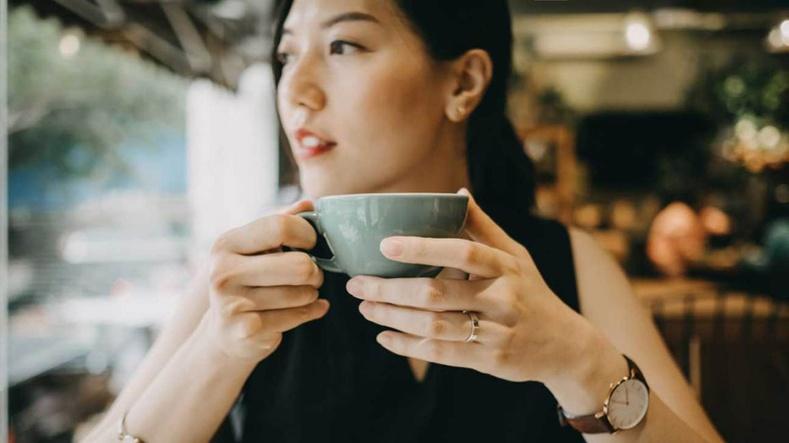 Эдгээр 12 зүйлийг өглөө бүр хийж хэвшсэнээр та өдрийг эрч хүчтэй өнгөрүүлэх болно!