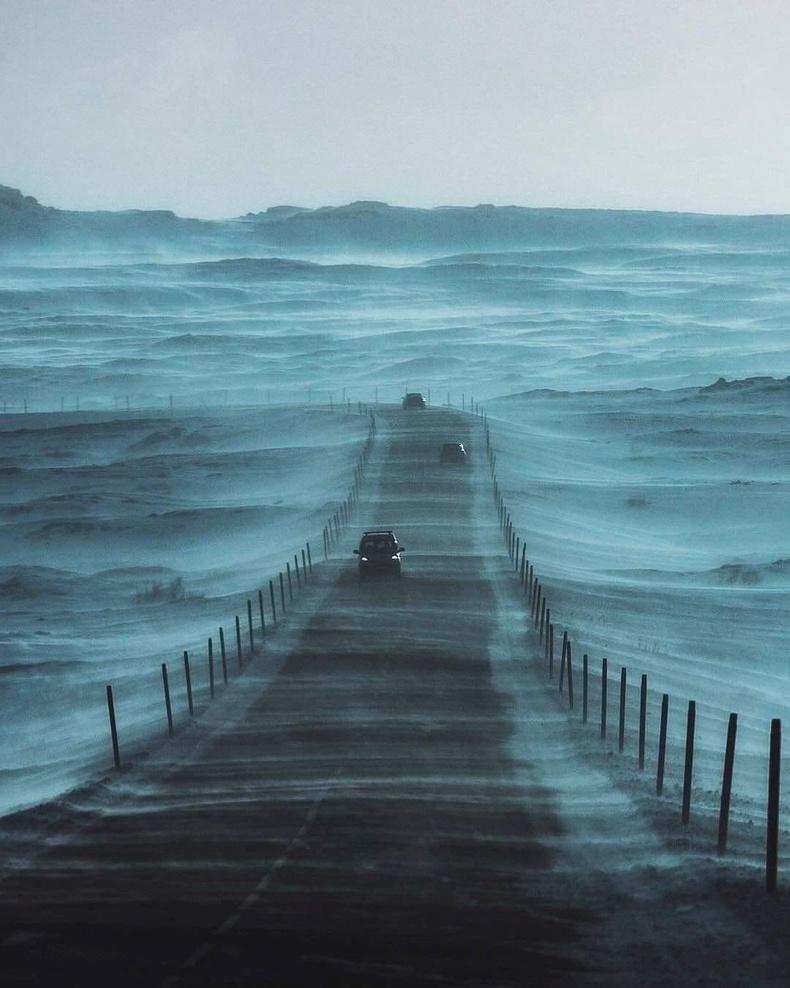 Исландын нийслэл Рейкьявик хүрэх зам