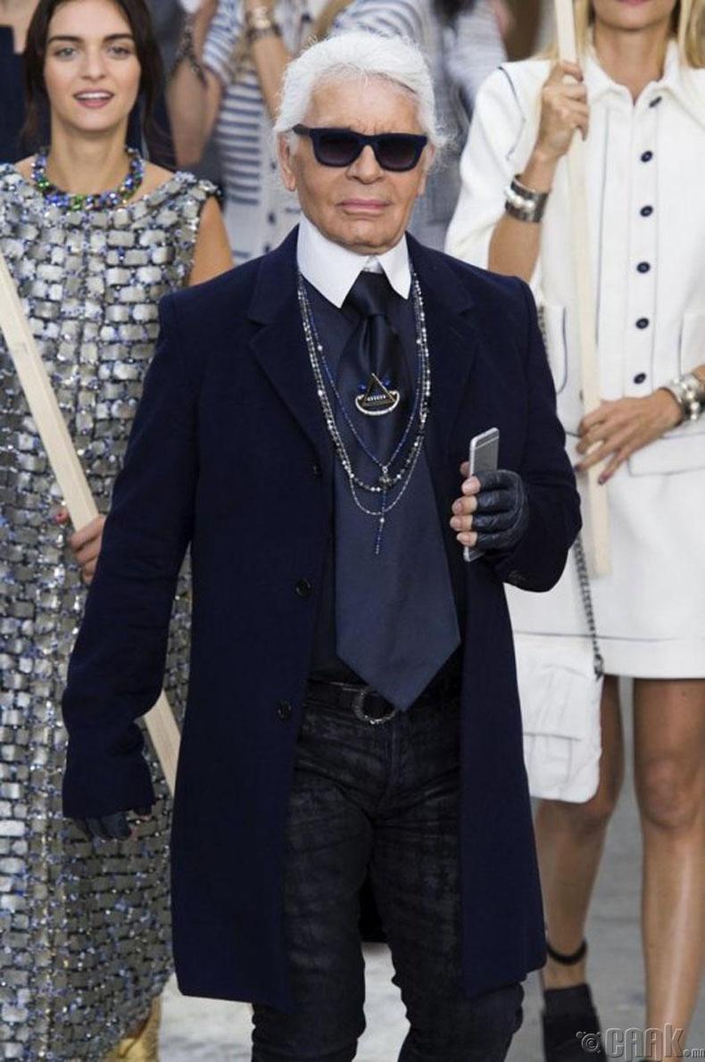 """1983 оноос хойш """"House of Chanel"""" загварын ордныг Карл Лагерфилд (Karl Lagerfeld) удирдаж байна"""