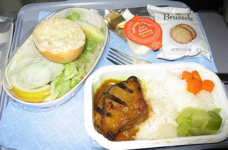 Орон орны онгоцны хоолнууд