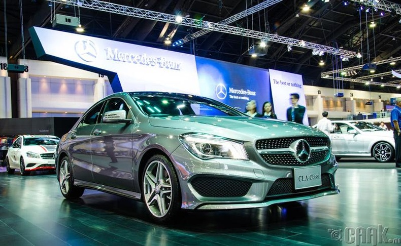"""Mercedes-Benz CLA 250"""