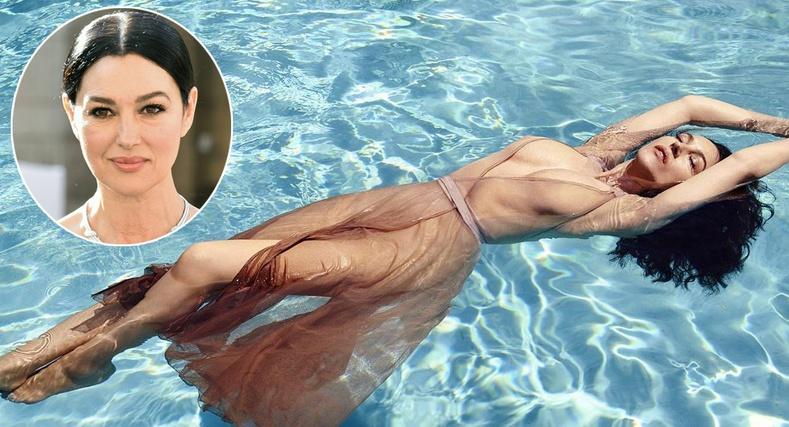54 настай Моника Беллуччи сэтгүүлд усны хувцастай зургаа авахуулжээ