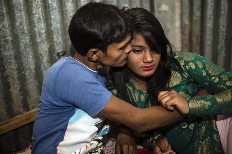 Бангладешийн биеэ үнэлэх газрын үнэн төрх