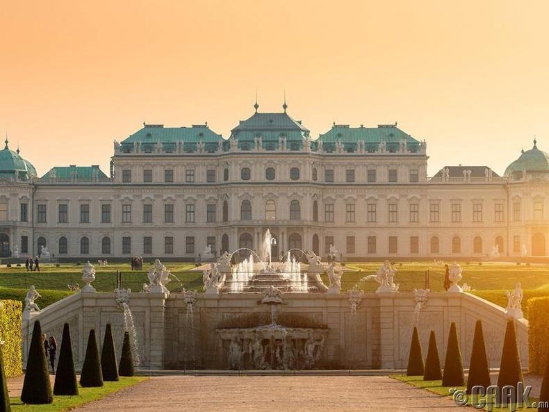Австри -  Вена