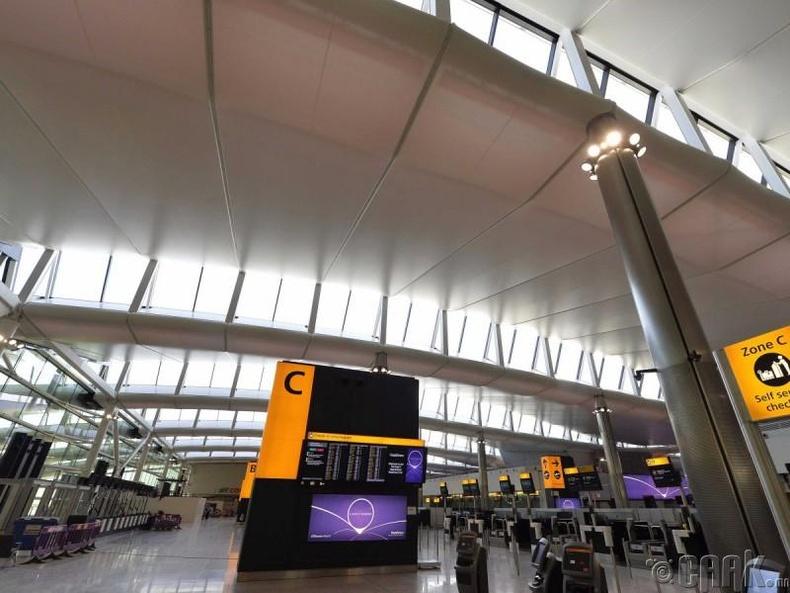 Лондонгийн Хитроу нисэх онгоцны буудал