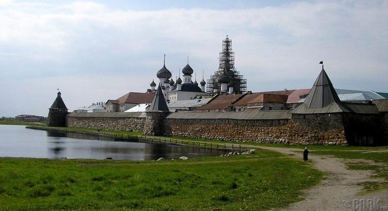 Оросын Соловецкийн арал