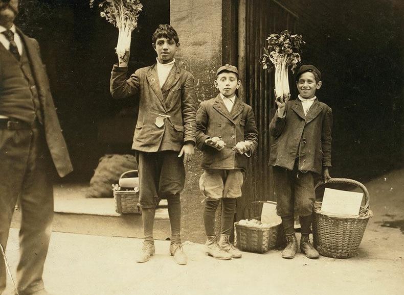 Ногоо худалдагч хүүхдүүд, Бостон