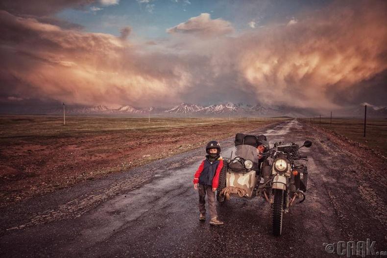 Киргизийн хилийн ойролцоо