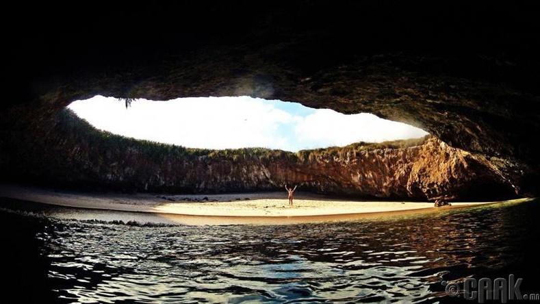Нууц арал, Мексик