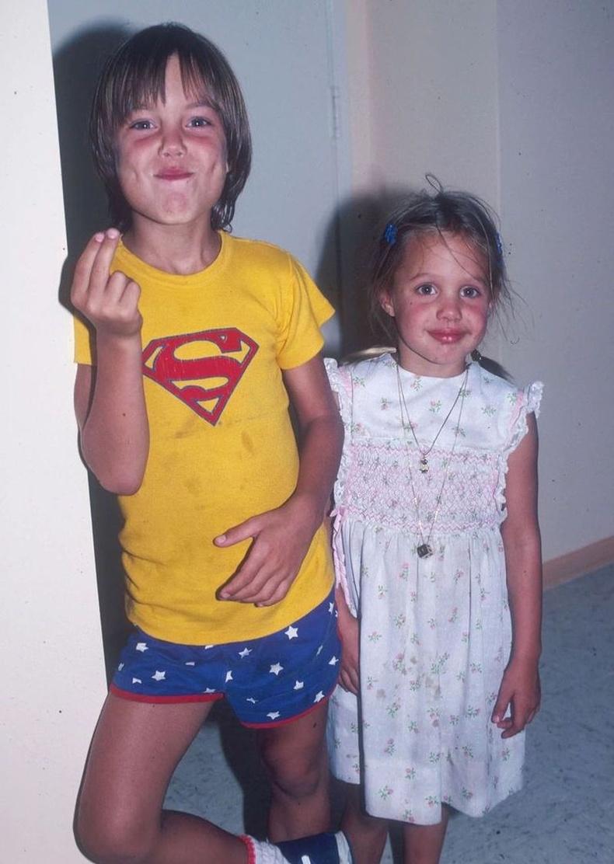 Бяцхан Анжелина Жоли ах Жеймсийн хамт, 1980 он.