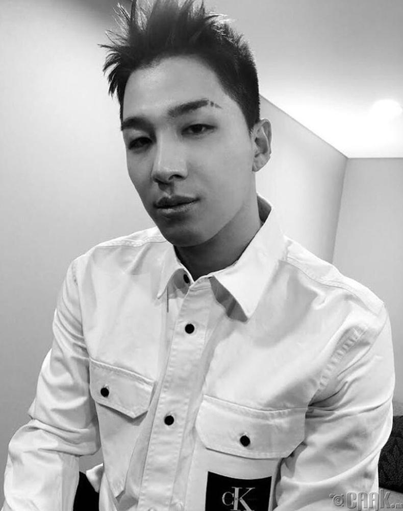 Дуучин Тэ-Ян (Taeyang), Өмнөд Солонгос