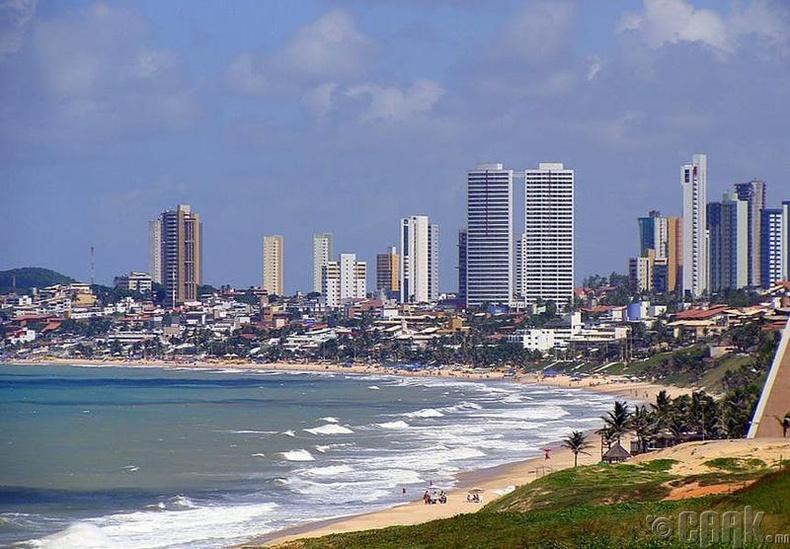 Натал хот, Бразил улс