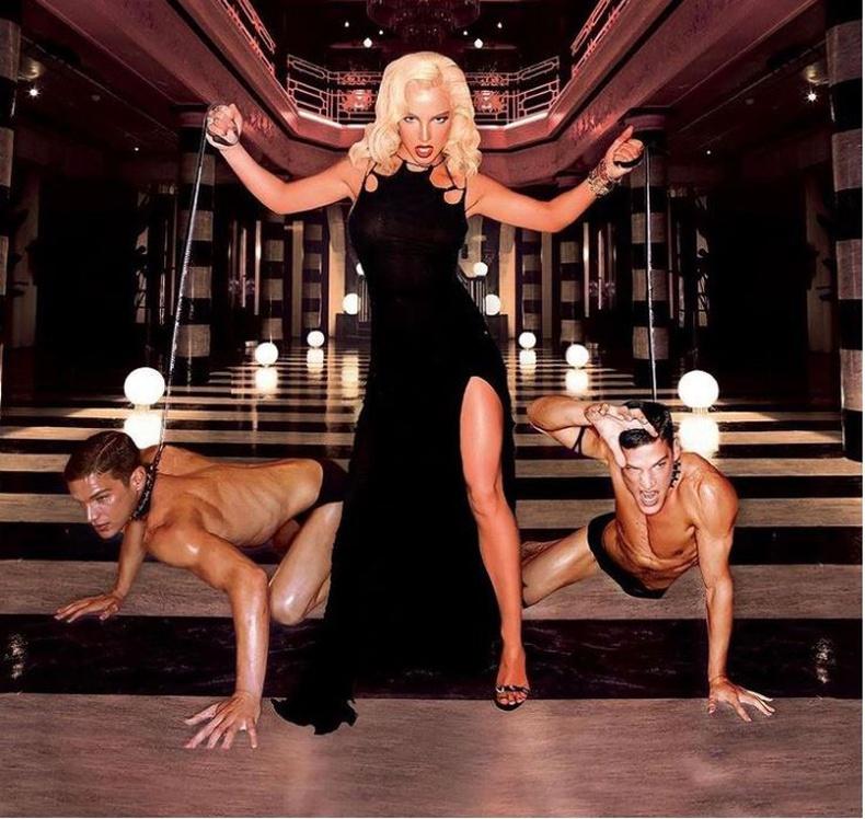 Бритни Спирс (Britney Spears) - 2004 он