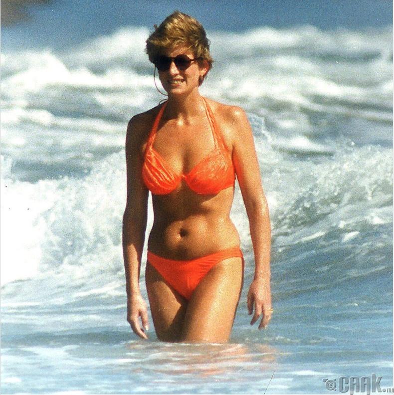 Диана (Diana) гүнж далайн эрэг дээр, 1989 он