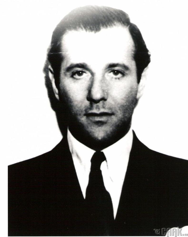 Багси Сигел (Bugsy Siegel)