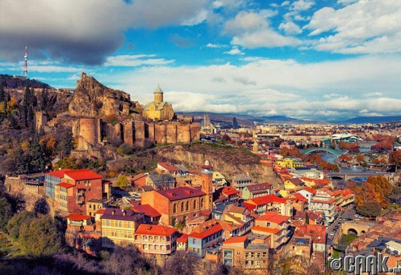 Тбилис, Грузин: Европ-Ази гал тогоо