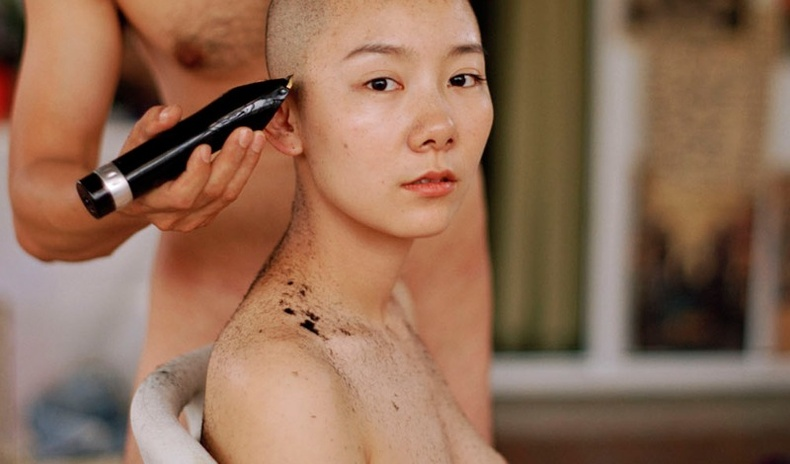 """""""Хятад бүсгүйчүүд дарлалын эсрэг"""" - Феминист гэрэл зурагчны халуухан бүтээлүүд"""
