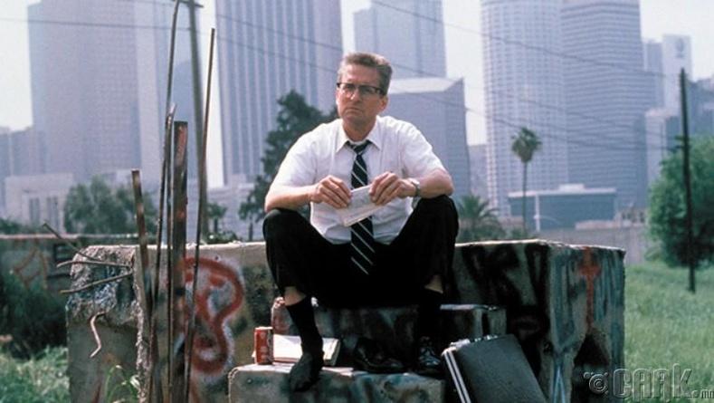 Falling Down, 1992