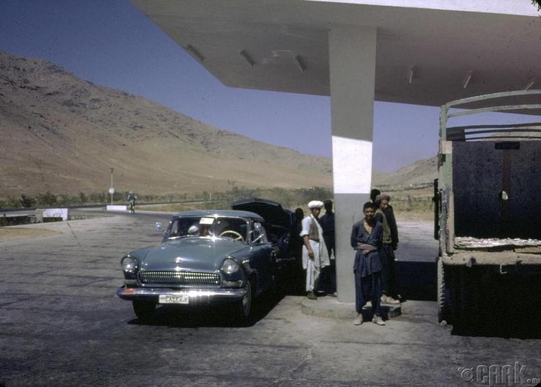 Кабул дахь шатахуун түгээх газар