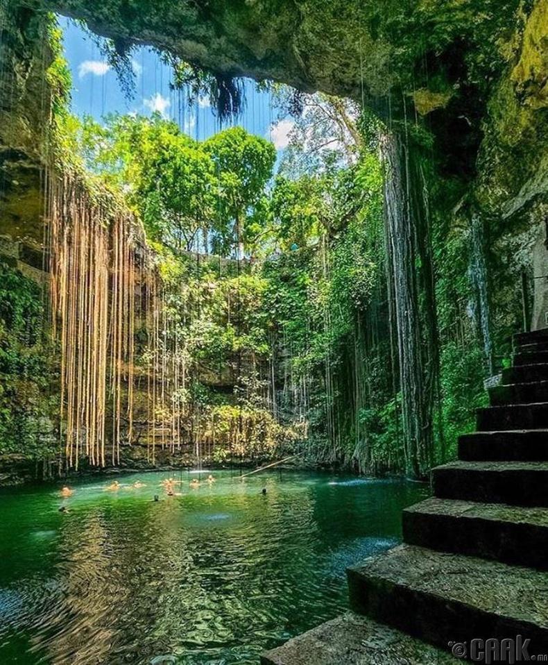 Сенот Ик-Киль, Мексик