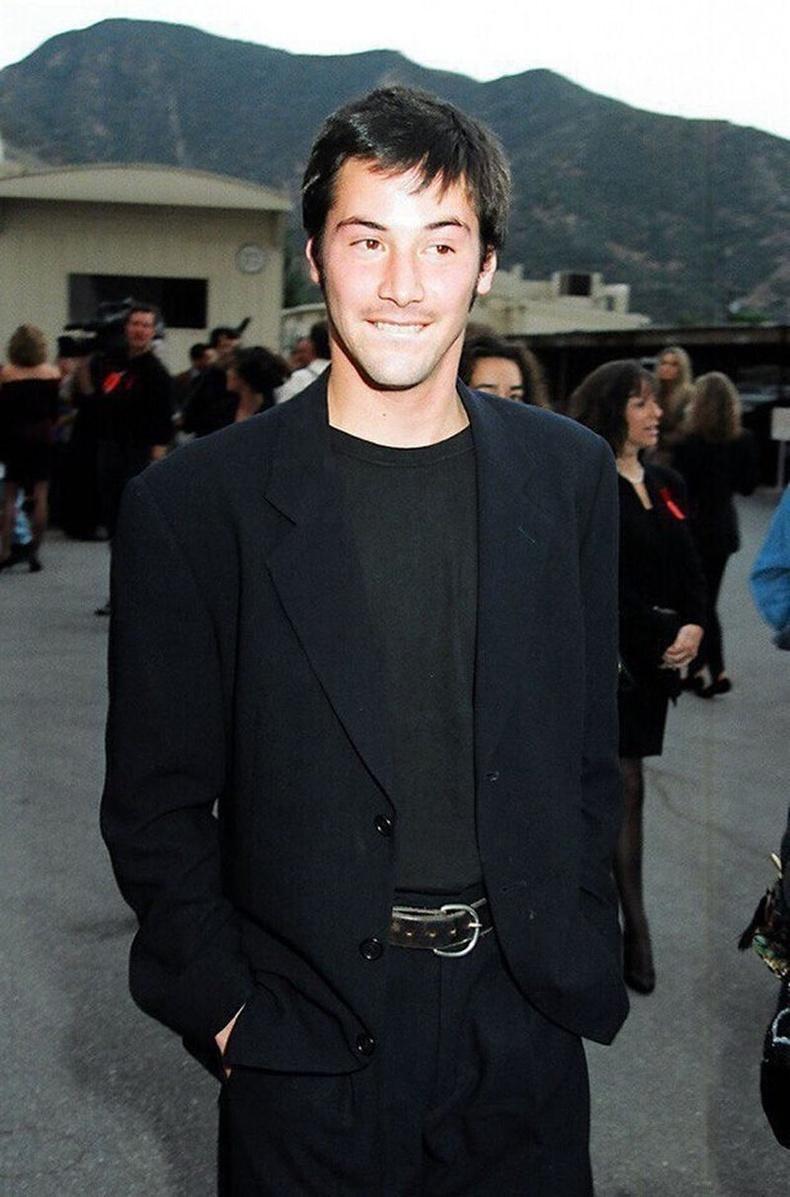 28 настай Кеану Ривз, 1992