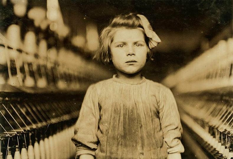 10 настай Августа, Жоржиа муж - Ээрмэлийн үйлдвэрийн ажилчин