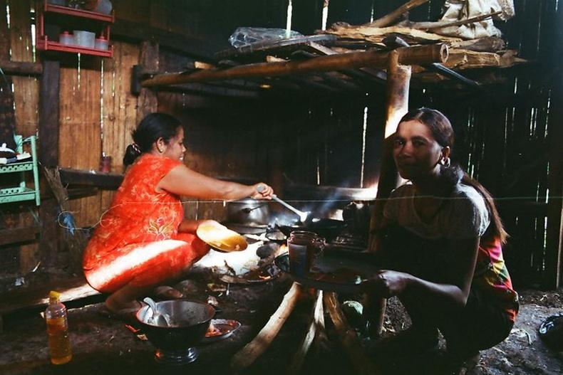 Индонезийн тосгоны амьдрал