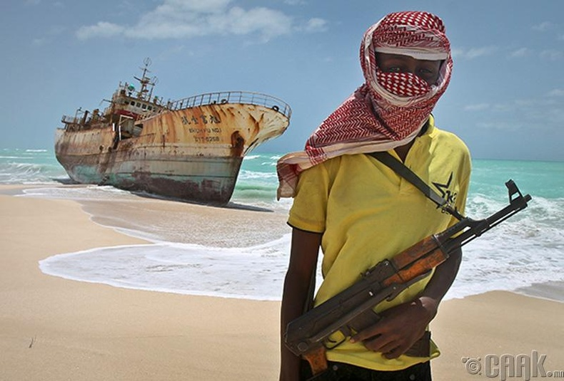 Сомалийн далайн дээрэмчид