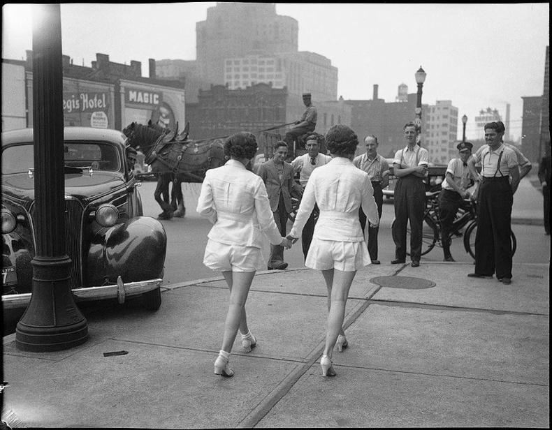 """""""Бүсгүйчүүд хамгийн анх шорт өмссөн нь"""" 1937 он, Торонто"""
