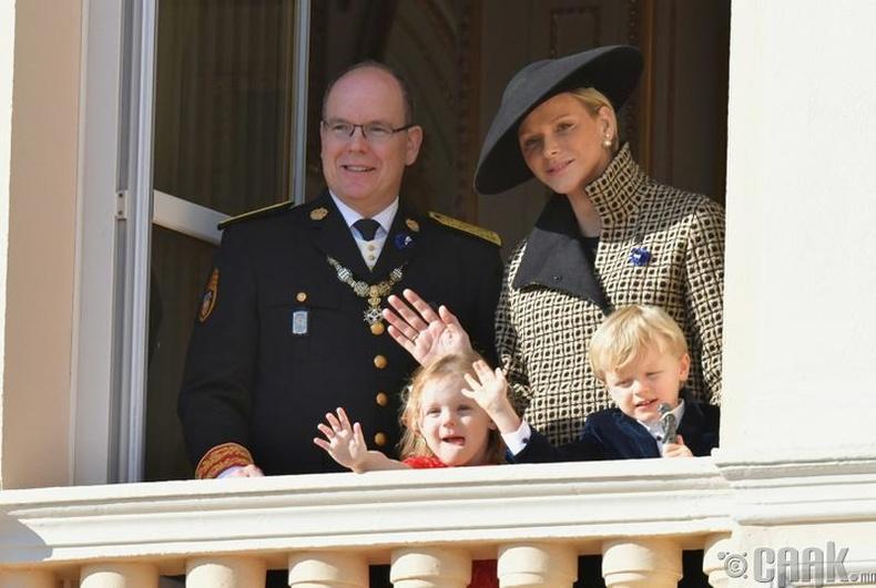 Монакогийн ван Альбер II,  вангийн хатан Шарлен