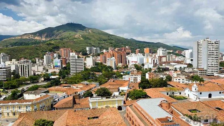 Кали хот, Колумб улс