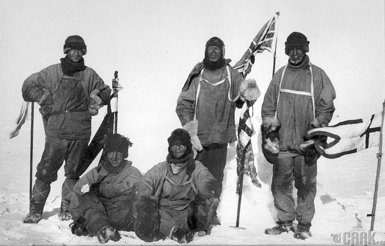 """Английн """"Терра Нова"""" экспедицийн багийнхний Хойд туйл дахь аялал"""