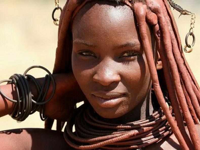 Африкийн Химба омгийн бүсгүйчүүдийг яагаад дэлхийн хамгийн царайлаг гэж үздэг вэ?