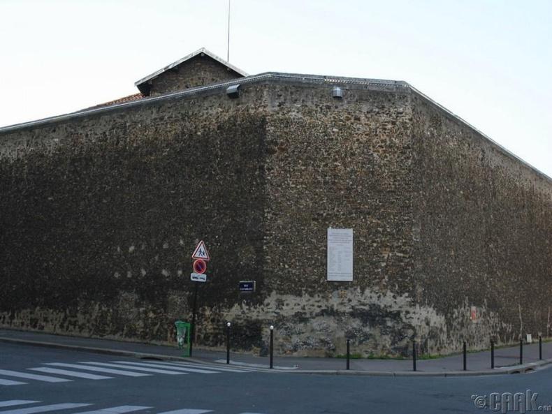"""Францын """"La Sante""""-ийн шорон"""
