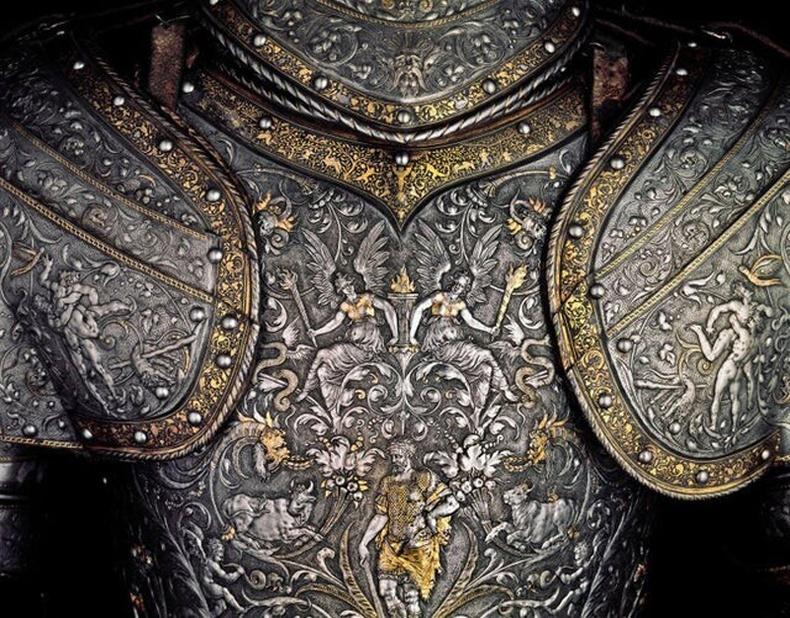 """Австрийн эзэн хаан 2-р Максимильяны 1555 онд хийлгэж байсан төмөр хөө хуяг - Вена хотын """"Kunsthistorische"""" музеей"""