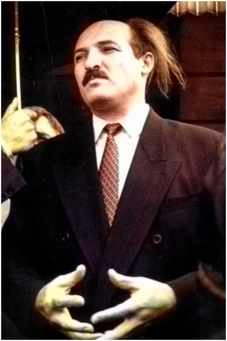 Улс төрч Александр Лукашенко - Минск, 1990-ээд он