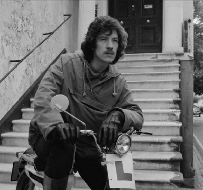 Иан Маккеллен (Ian McKellen) - 1974 он
