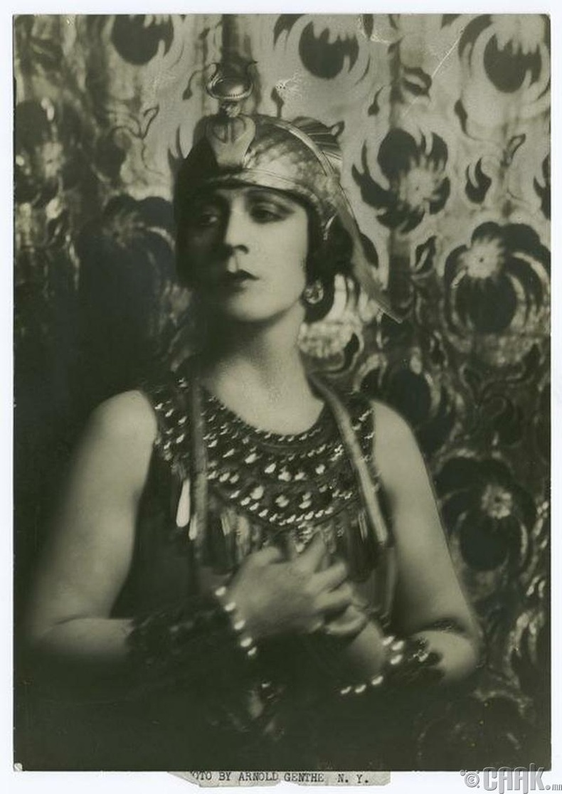 Жан Далси (Jeanne d'Alcy) - Cleopatra's Tomb (1899)