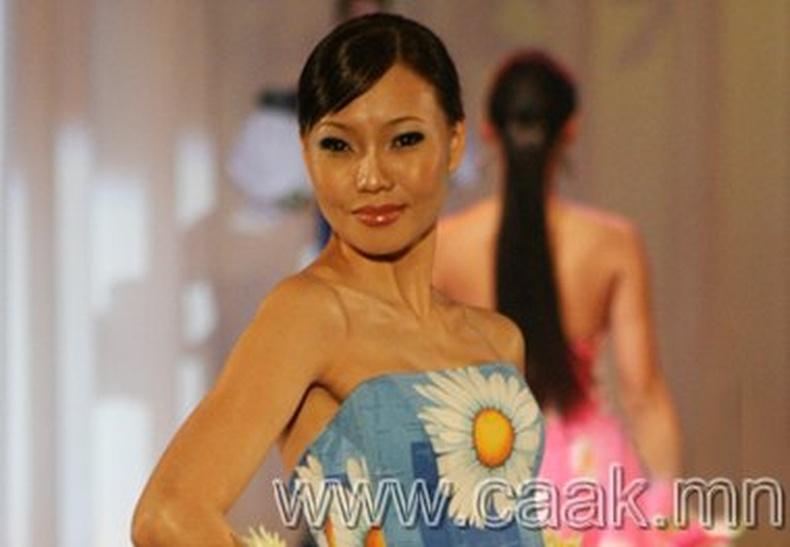 Монголын хамгийн хvсэмжит 10 эмэгтэй
