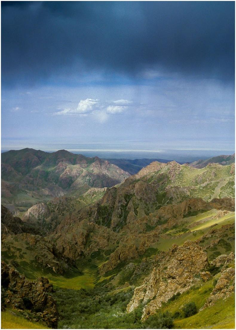 Гурван сайханы уулс, Өмнөговь