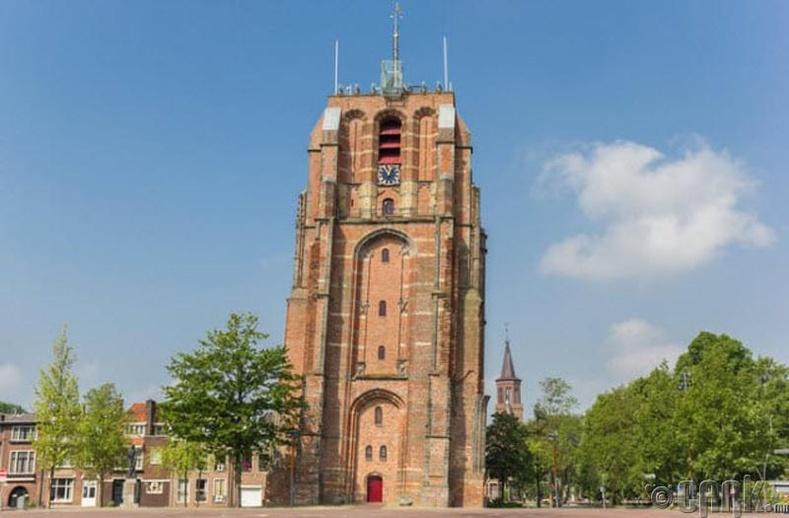 Олдехове цамхаг (Oldehove) - Леуварден хот, Нидерланд