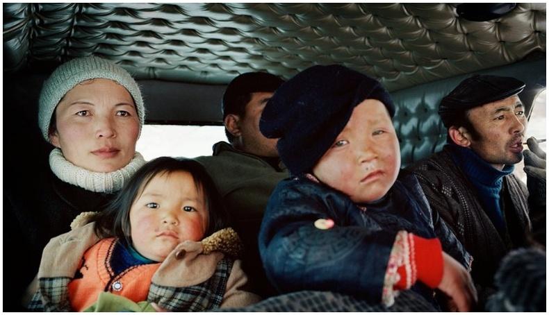 Америк залуугийн Монголд 17 жилийн турш ирэхдээ авсан гэрэл зургууд