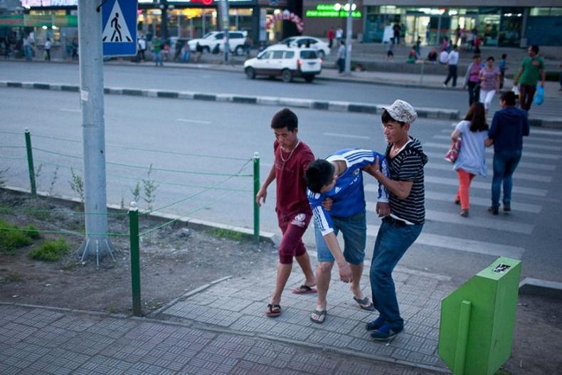 Дэлхийн хамгийн стресстэй улсуудыг Монгол тэргүүлж байна
