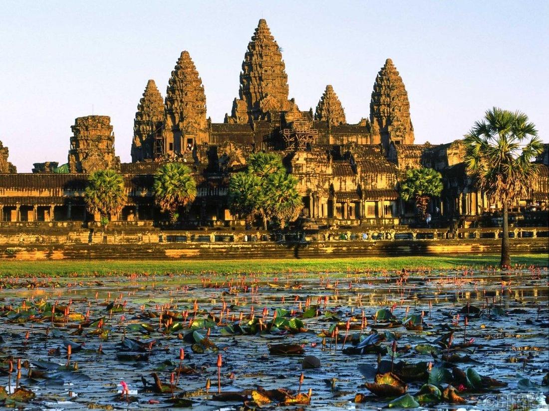 """Ангкор Ват"" Сейм Рип хот, Камбож"