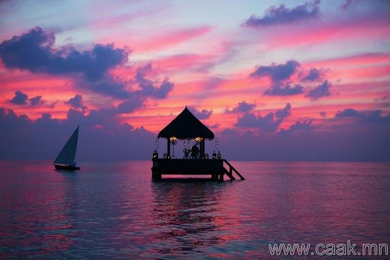 Мальдивын усан доторхи байшин.