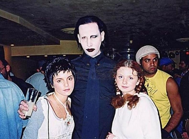 Тату хамтлагийн охид болон Мэрилин Мэнсон, 2002 он