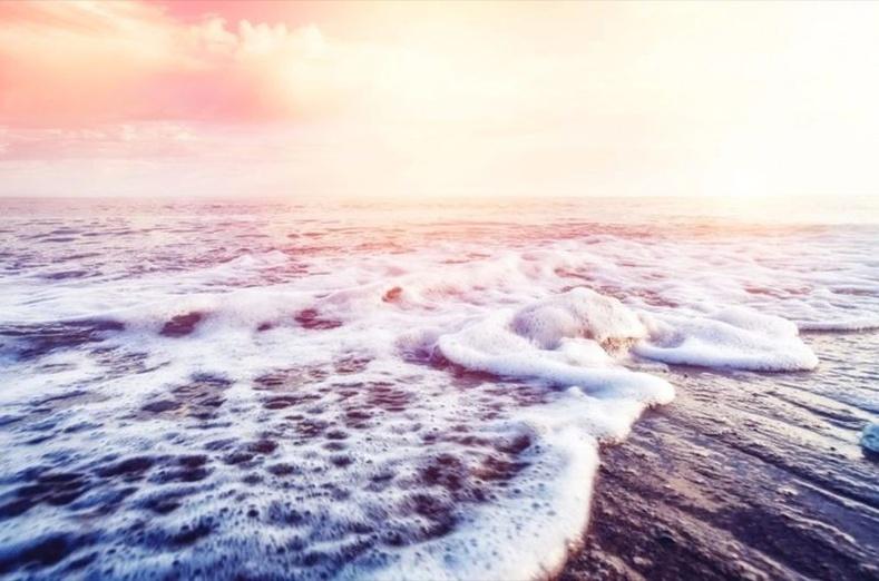 Хамгийн том далайн давалгаа усны гүнд үүсдэг