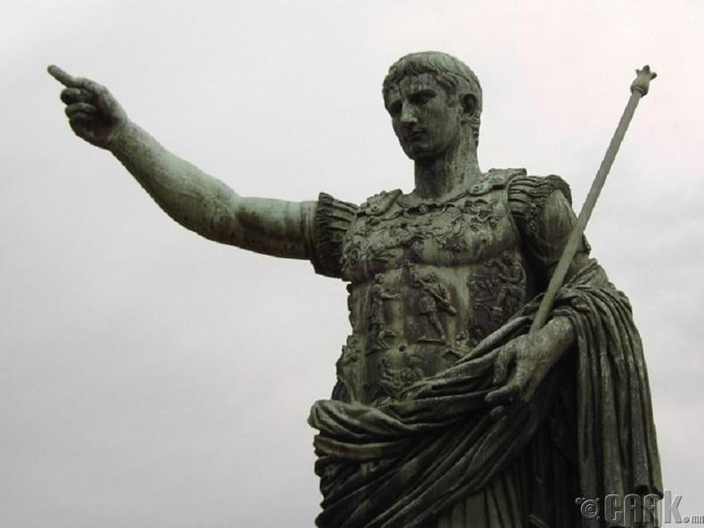 Августус Цезарь