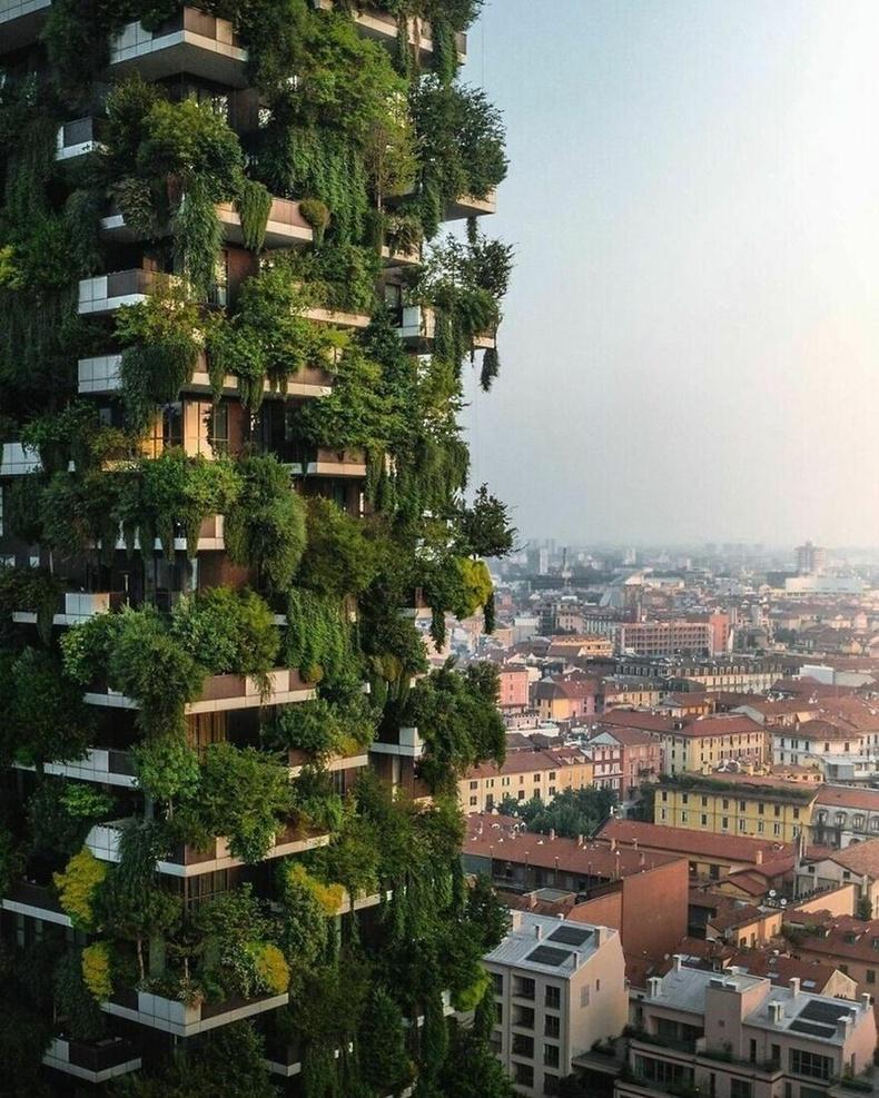 Милан, Итали