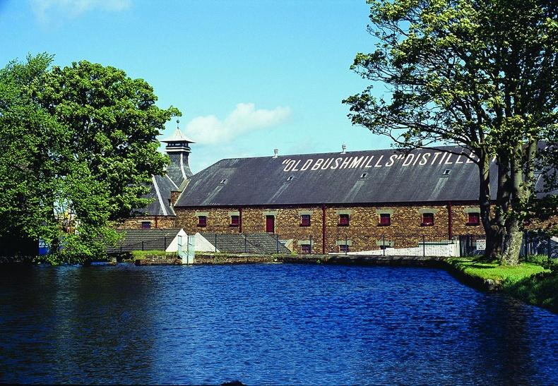 """Дэлхийн хамгийн эртний спиртийн үйлдвэр болох """"Old Bushmills"""""""